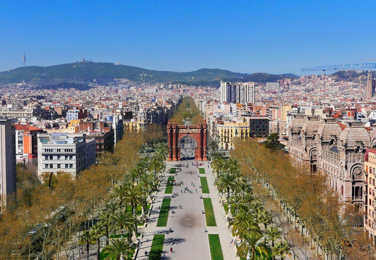 Apartamento em Barcelona - OLIVERA, balcony, Plaza España, La Fira
