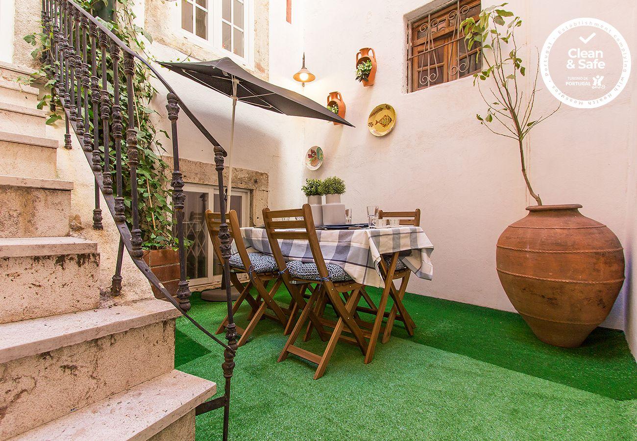 Apartamento em Lisboa - BAIRRO ALTO VINTAGE by HOMING