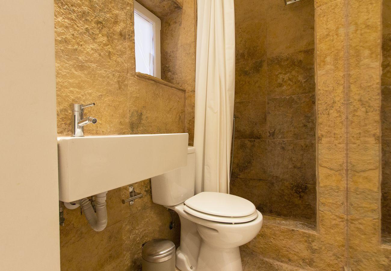Apartamento em Lisboa - SANTA MARTA VINTAGE DESIGN II by HOMING