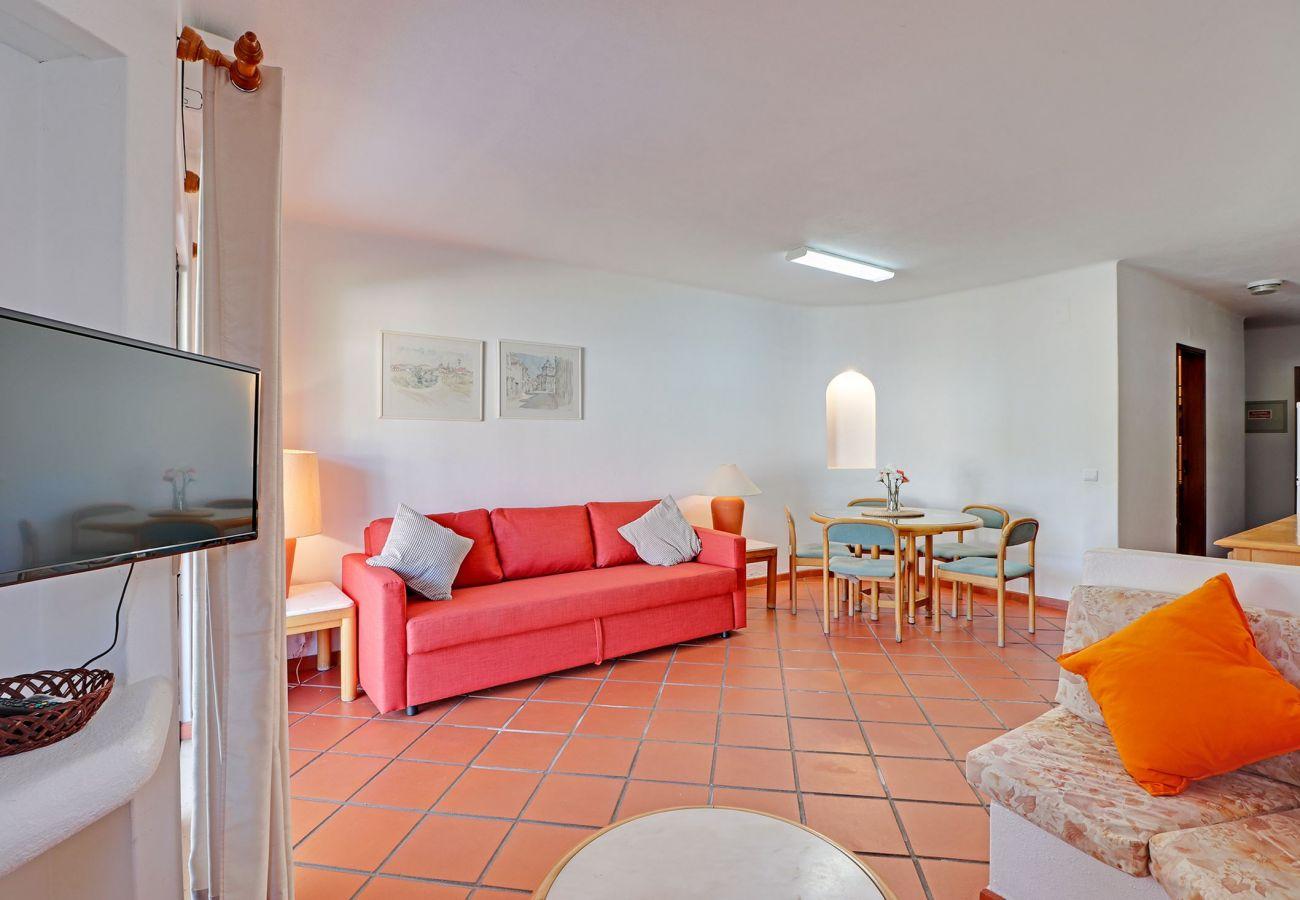 Apartamento em Albufeira - ALBUFEIRA VILLAGE WITH POOL by HOMING