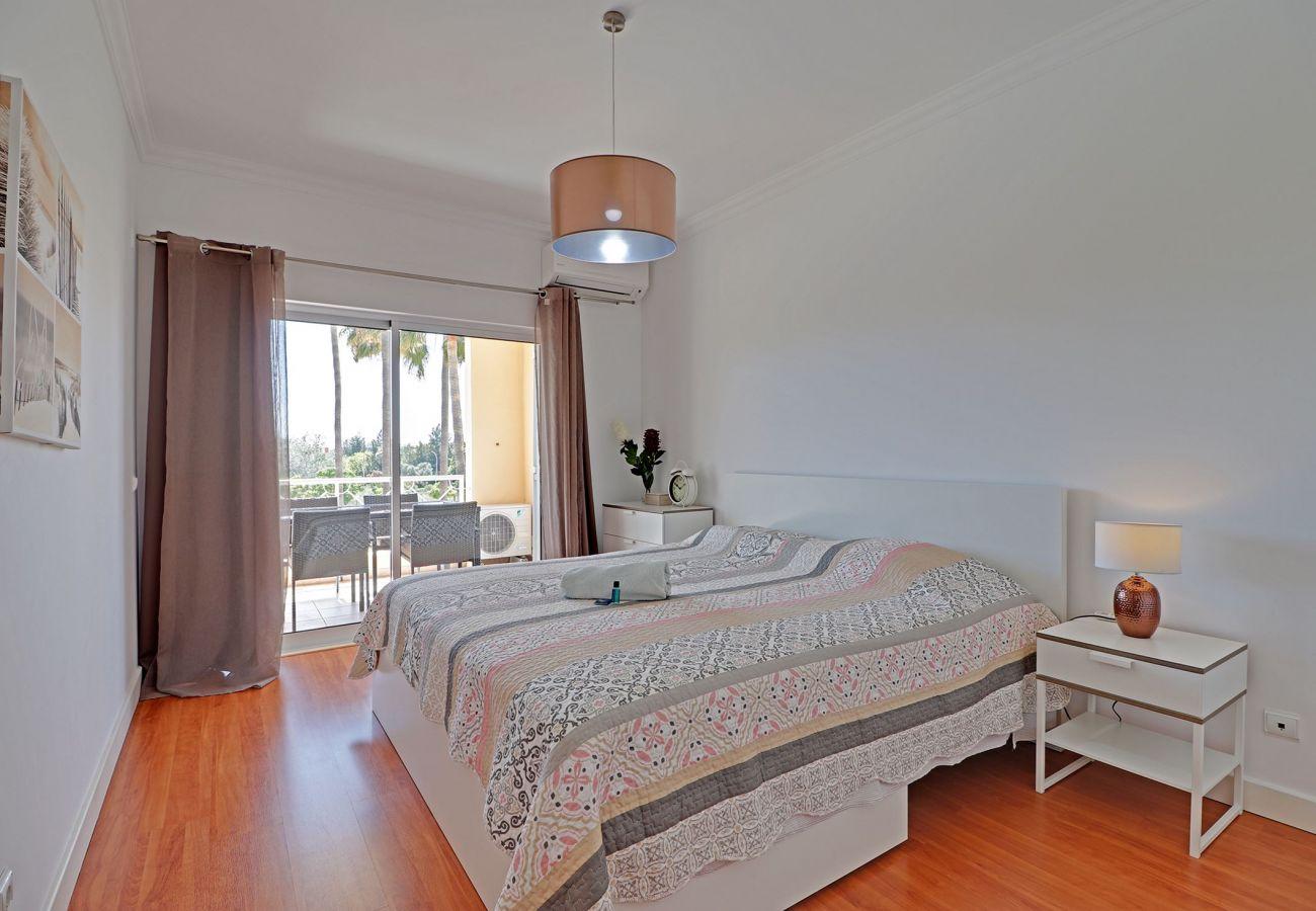 Apartamento em Vilamoura - VILAMOURA PALM TREE WITH POOL by HOMING