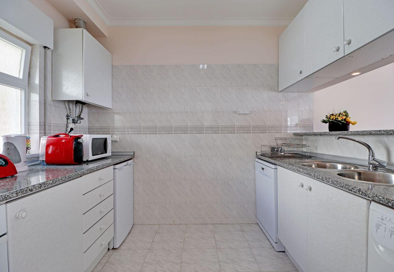 Apartamento em Galé - ALBUFEIRA CONCEPT WITH POOL by HOMING