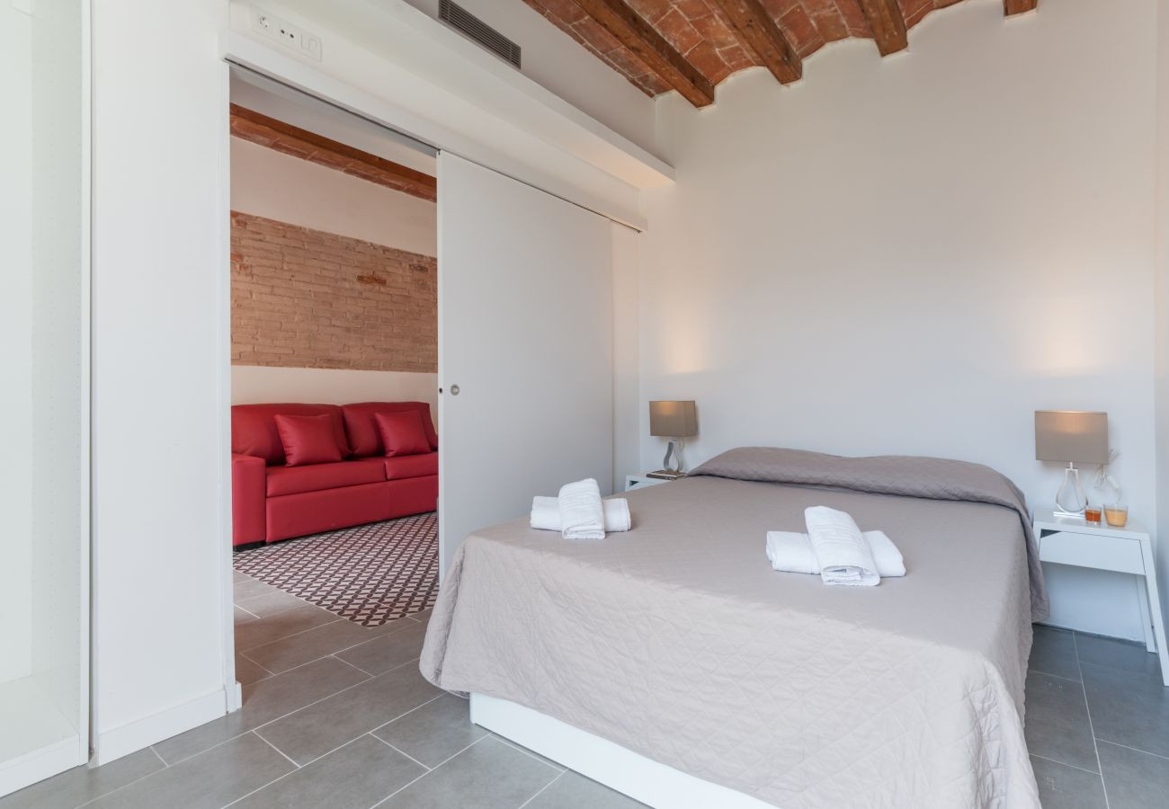 Apartment in Barcelona - DELUXE, central, boho, views, 3 bedrooms