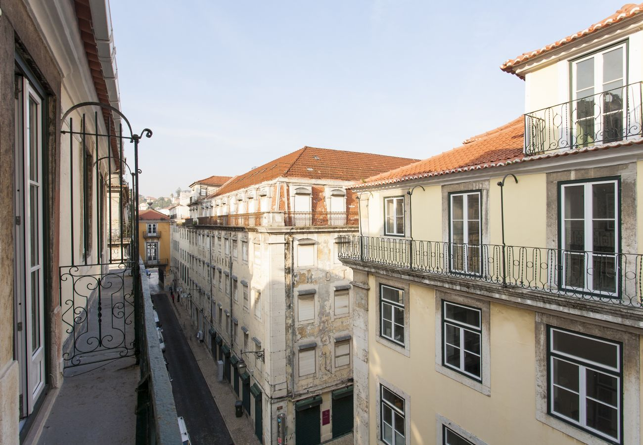 Apartment in Lisbon - SANTA JUSTA -A- by HOMING
