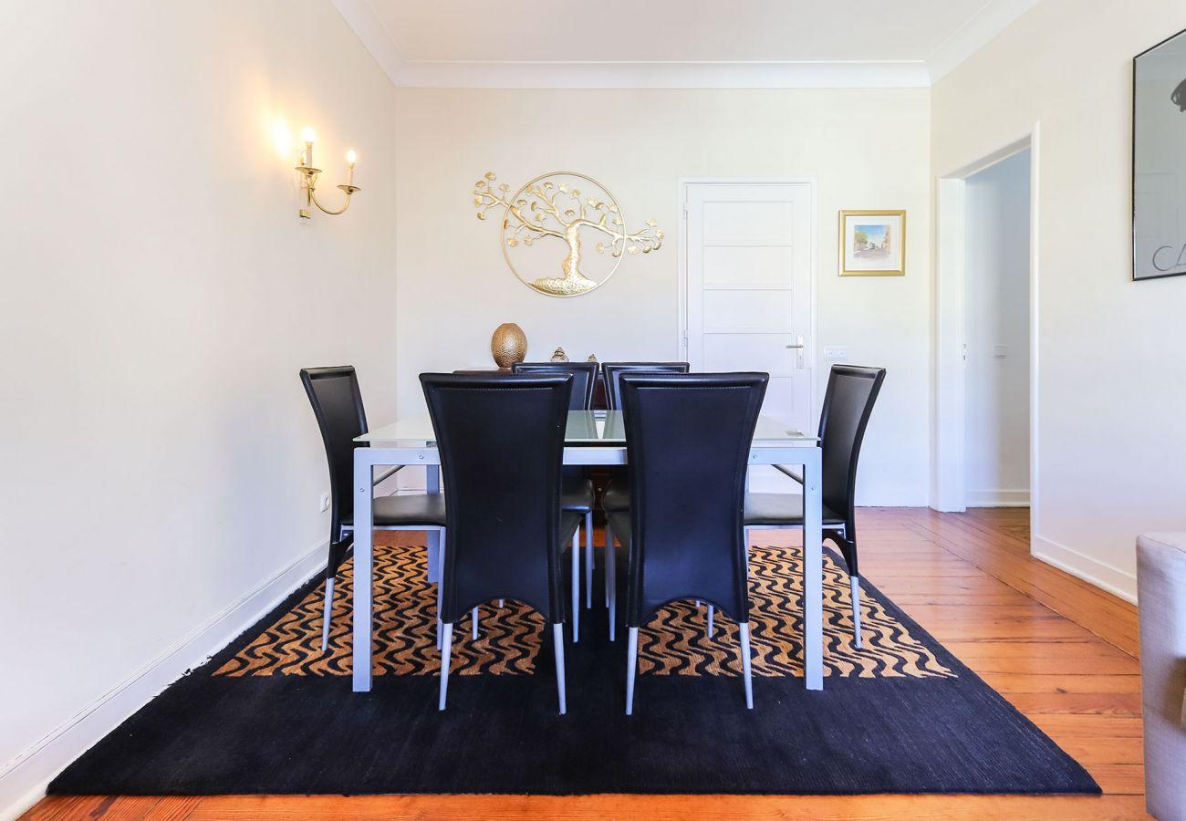 Apartment in Lisbon - AV. LIBERDADE ELEGANT by HOMING