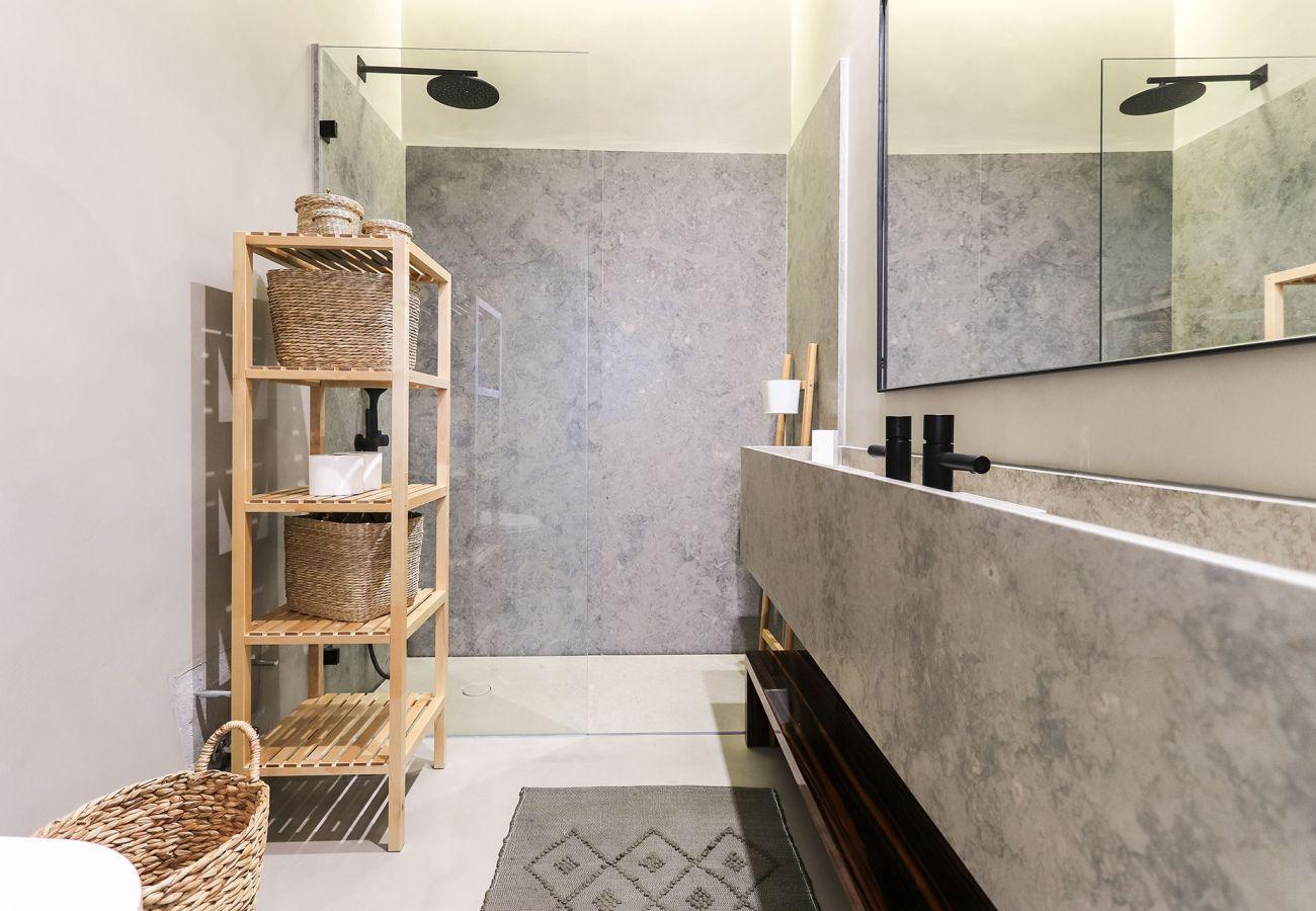 Apartment in Lisbon - AV. LIBERDADE PREMIUM II BY HOMING