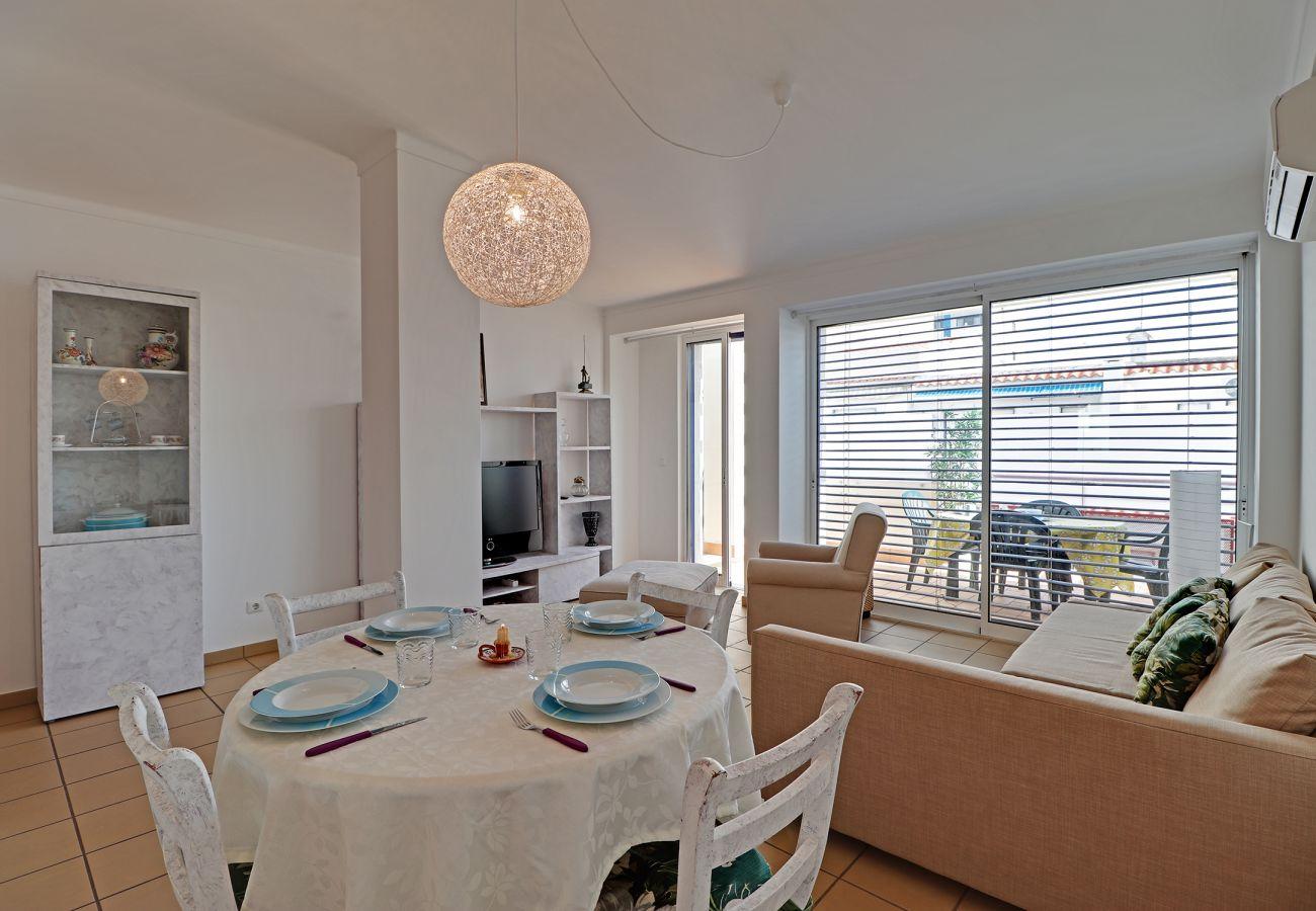 Apartment in Monte Gordo - MONTE GORDO DOWNTOWN by HOMING