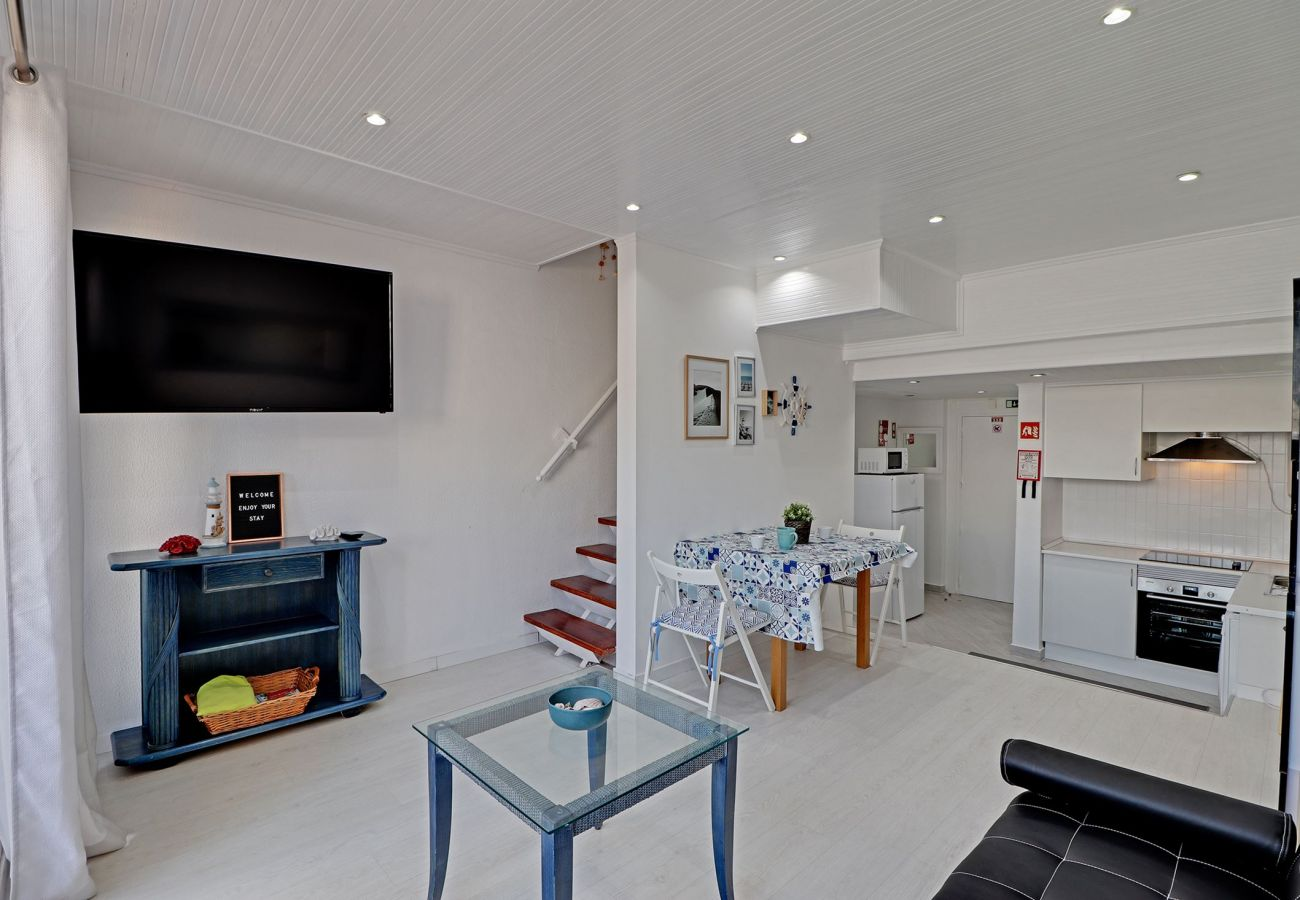 Apartment in Albufeira - ALBUFEIRA DUPLEX WITH POOL by HOMING