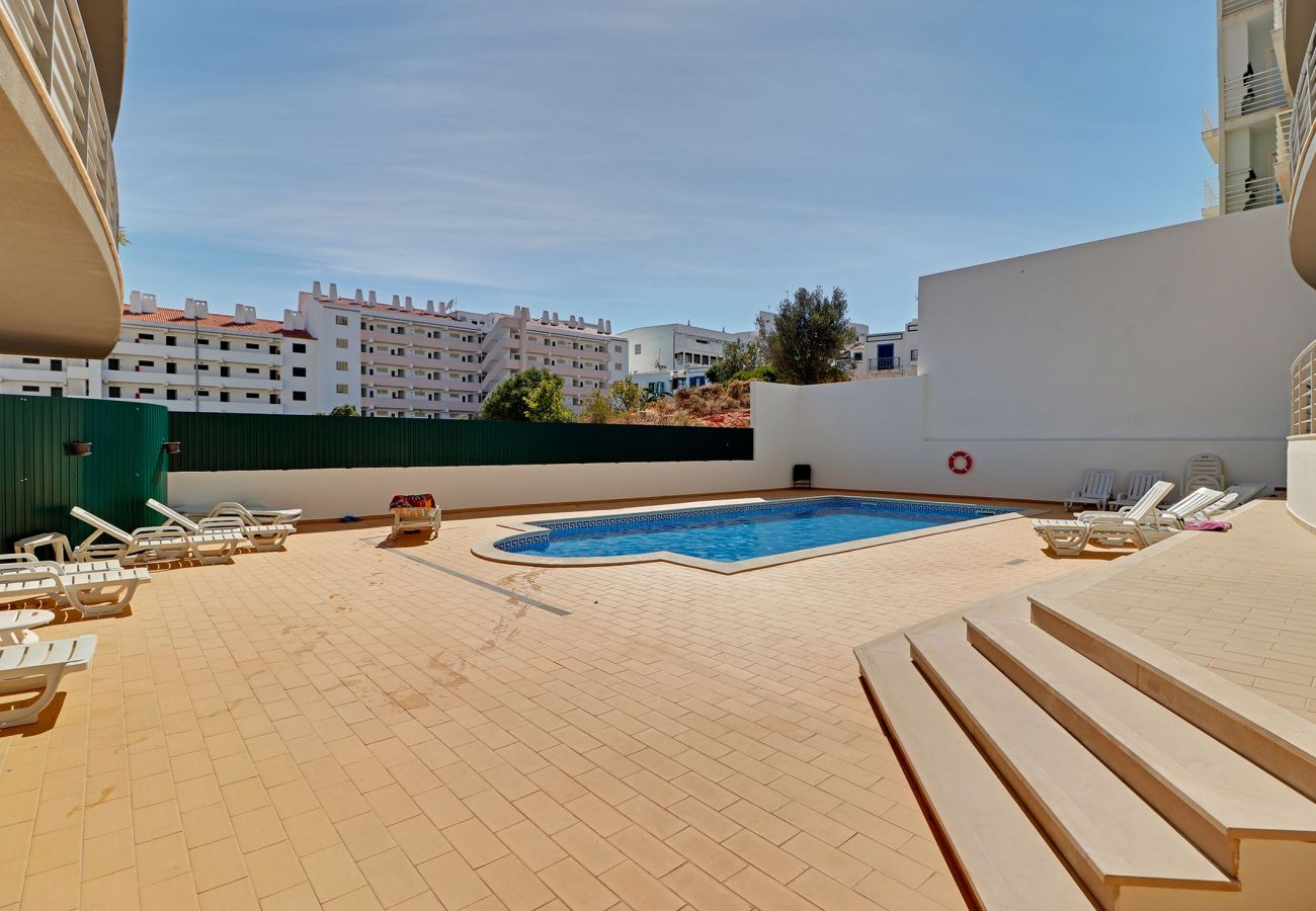 Apartment in Albufeira - ALBUFEIRA SUN HOUSE WITH POOL by HOMING