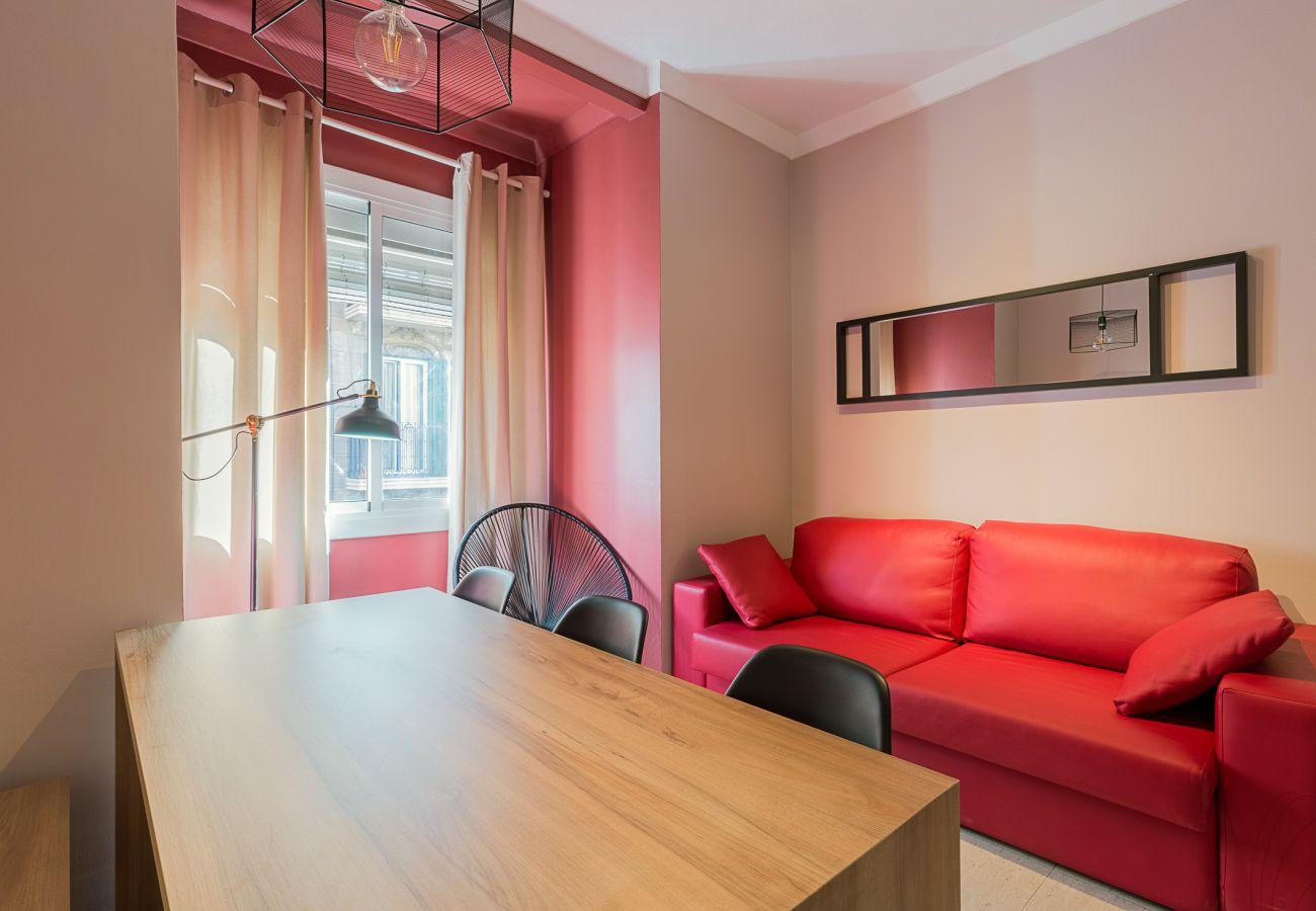salon comedor moderno en el apartamento plaza españa en barcelona centro