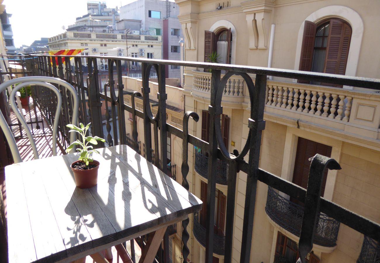 Apartamento en Barcelona - GRACIA boho chic, balcony, views