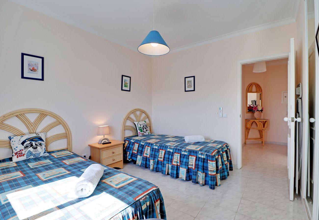 Apartamento en Galé - ALBUFEIRA CONCEPT WITH POOL by HOMING