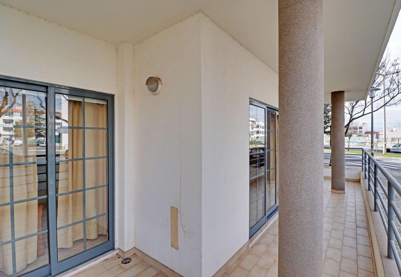 Apartamento en Quarteira - QUARTEIRA CENTRAL APARTMENT by HOMING