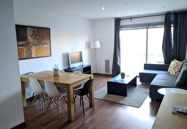 à Hospitalet de Llobregat - LA FIRA, large, stylish, 4 bedrooms