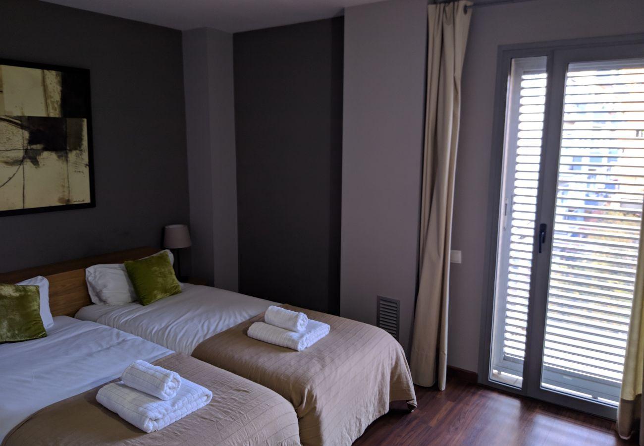 Appartement à Hospitalet de Llobregat - LA FIRA, large, stylish, 4 bedrooms