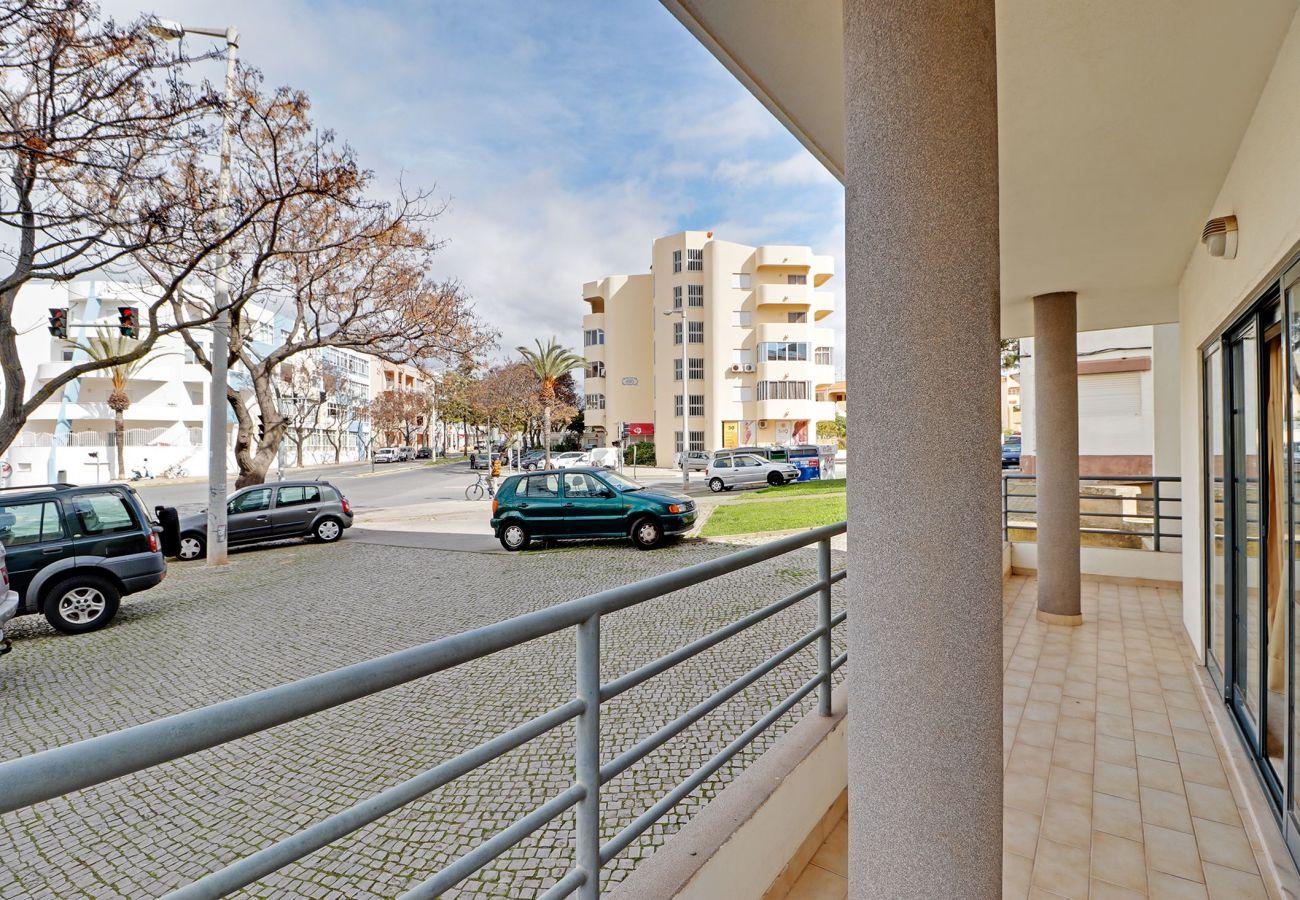 Appartement à Quarteira - QUARTEIRA CENTRAL APARTMENT by HOMING