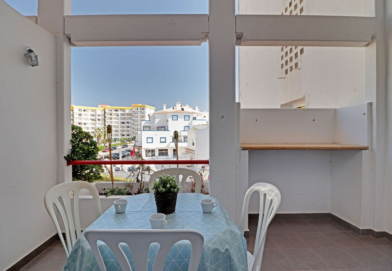 Appartement à Albufeira - ALBUFEIRA DUPLEX WITH POOL by HOMING