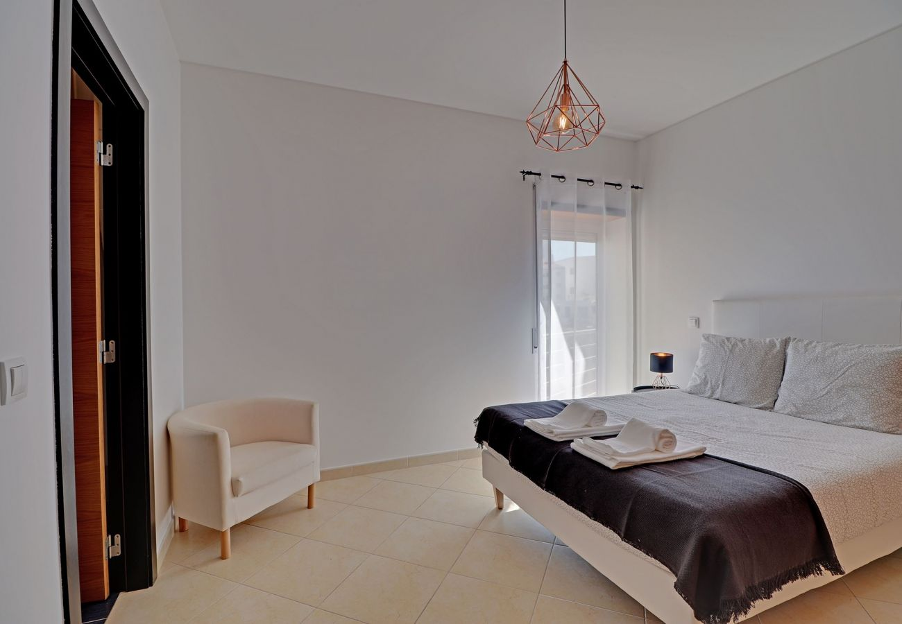 Appartement à Albufeira - ALBUFEIRA SUN HOUSE WITH POOL by HOMING